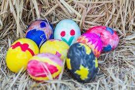 Huevos De Pascua Color Colorante Negro Rojo Amarillo Y Azul Del