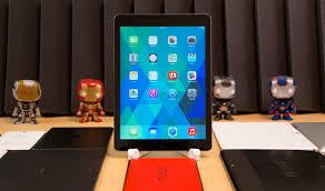 ipad size comparison ipad air size comparison smaller thinner lighter pocketnow