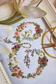 The Italian blog Elisabetta Ricami a Mano draws an international following  for its splendid examples of  Floral EmbroideryEmbroidery IdeasMachine ...