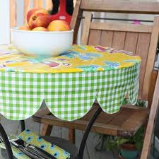 nicole at home tutorial round scalloped edged table cover this cutie made me think of you