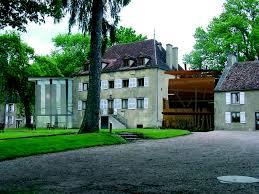 maison del parc regional extensión de la administración y la biblioteca construcción de una vivienda para el vinte en saint brisson superficie