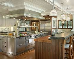 Huge Ornate Medium Tone Wood Floor Eat In Kitchen Photo In New York With  Beaded