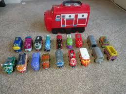 chuggington wooden trains x 18 pieces includes chuggington wilson carry case