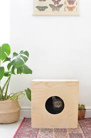 wooden cat house diy project