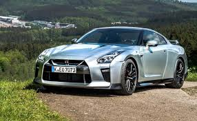 2018-nissan-gtr-price-and-release-date  0