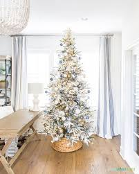 Office room diy decoration blue Paint Diy Marble Paint Ornaments Our Office Christmas Tree Life On Virginia Street Diy Marble Paint Ornaments Our Office Christmas Tree Life On