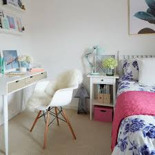 opt for light and airy designs teenage girls bedroom ideas