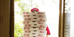 15 Most Bizarre Experiences From Pizza Delivery Drivers