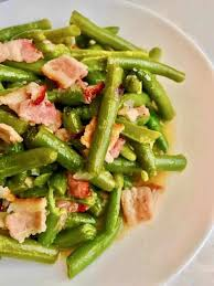 pressure cooker green beans with bacon is a quick low carb nutritious dish that