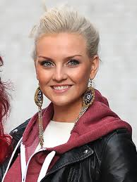 <b>Perrie-Edwards</b>-5.png (300 × 400 pixels, taille du fichier : 185 Ko, <b>...</b> - Perrie-Edwards-5