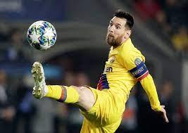 بينهم لاعب خدعه في أبطال أوروبا.. ميسي يختار أفضل 15 موهبة في كرة القدم