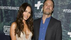 Megan fox enjoys a beach side stroll with her boyfriend machine gun kelly in puerto rico. Megan Fox Publicly Blasts Ex Husband Brian Austin Green For Using Their Kids To Project Her As An Absent Mother Hollywood Hindustan Times