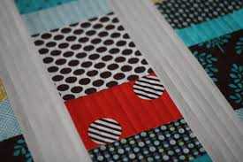 10 Tips for Trouble-Free Straight Line Quilting | Mama Love Quilts & 10 Tips for Trouble-Free Straight Line Quilting Adamdwight.com