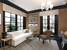 Black trim sitting room