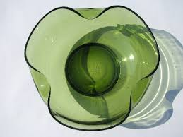 mod pinched shape green glass serving bowls 60s vintage retro green color
