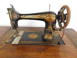1902 Singer Treadle Sewing Machine
