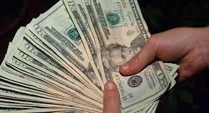 Арест за фальшивые дипломы В Узбекистане поймали с поличным мошенниц продавших фальшивые дипломы