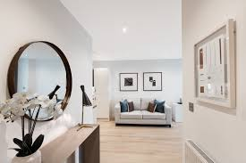 Seventeen Bedroom 1 Bedroom Flat For Sale In Sutton Court Road Sutton Sm1 London