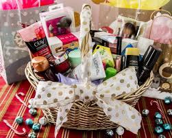 makeup gift baskets. diy holiday beauty gift basket makeup baskets
