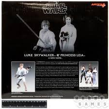 <b>Star Wars</b>: Luke Skywalker and Princess Leia (<b>фигурки</b> 16 см ...