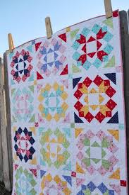 10+ Modern Flower Quilt Patterns You'll Love & modern flower quilt pattern Adamdwight.com