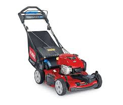 toro 22 56 cm personal pace® all wheel drive lawn mower