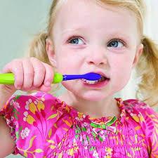 Болезни зубов Уход за зубами Блог о здоровье Физ Ра com Правильно чистим молочные зубы