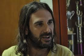 Andrés Martín durante la entrevista (fotografía:Leonardo de la Zerda - Prensa FRT). - ¿Tiene pensado culminar la carrera de ... - a_martin_final