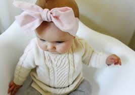 make an oversized bow head wrap for your little in just 3 simple steps via