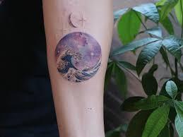 14 потрясающих татуировок созданных по мотивам картин известных