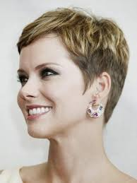 chic short haircuts for women over 40 50 pixie hairstyles