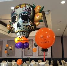 Halloween balloon decorations Small Space These Large Sugar Skull Balloon Decorations Are Super Scary Camdenhouseus Halloween Balloon Displays Dublin Balloons In Dublin