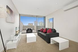 North Sydney 1 bedroom premium serviced apartment lounge room