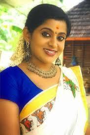 malam serial actress veena nair photos