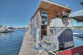 Houseboats In Seattle Luxury Lake Union Houseboat In Seattle Includes The Slip Expired