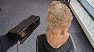 microsoft s original kinect for xbox 360 v1 has been responsible for the uprising of low budget 3d scanning that sensor is still widely supported by many
