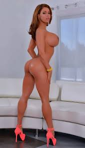 Naked girls big tits in heels