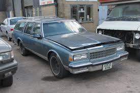 File:1987 Chevrolet Caprice(?) 5 litre station wagon (9800524985 ...