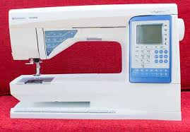 6 tips to set up the sewing machine for free motion quilting & Husqvarna Viking Sapphire 930 Adamdwight.com