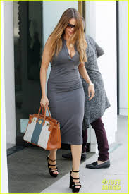 Sofia Vergara Shows Off Killer Curves While Furniture Shopping Sofia Vergara Furniture A67