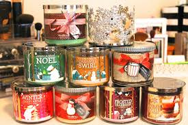 frosted cranberry candle bath and body works a blend of trend happy hauliday bath body works 3 wick candles