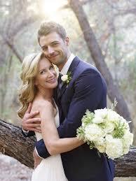 The fice Star Angela Kinsey Weds in J Crew Wedding Dress