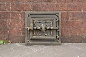 325 x 298 cm cast iron fire door clay bread oven doors
