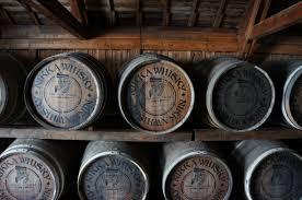 File:ウイスキー樽 (16704790675).jpg - Wikimedia Commons