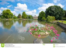 Small Picture Small Lake In A Beautiful Garden Setting Royalty Free Stock Photos