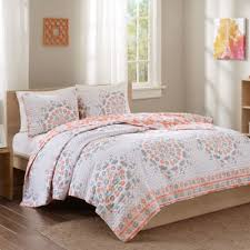 Buy Coral Quilt Bedding from Bed Bath & Beyond & Intelligent Design Pepin Reversible Full/Queen Quilt Set in Coral Adamdwight.com