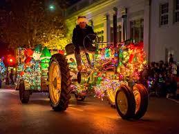 Lighted Tractor Parade Calistoga Holiday Village Visit Calistoga