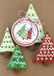 Glorious Treats: Christmas Trees, Gingerbread, and a Giveaway...