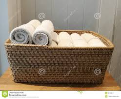 Stapel Des Stoffes Handtuch Serviette Taschentuch Auf Dem Korb Im