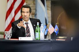 ian khama president of the republic of botswana answers questions from members of a round table discussion session hosted by the international division at